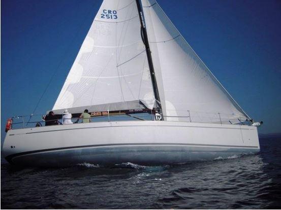 Comet 45S Sport Comar Yachts