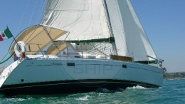 OCEANIS 381 CLIPPER